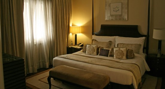 The Claridges New Delhi: Claridges bedroom