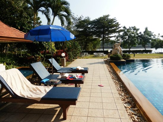 The Imperial River House Resort: piscine
