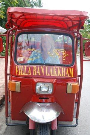Villa Ban Lakkham : The hotel tuk-tuk