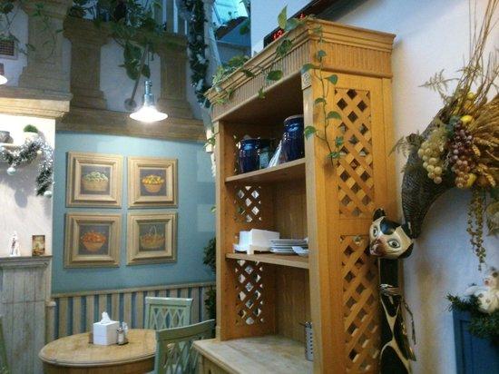 Staromestska Restaurant : Décoration de bon gout et typique