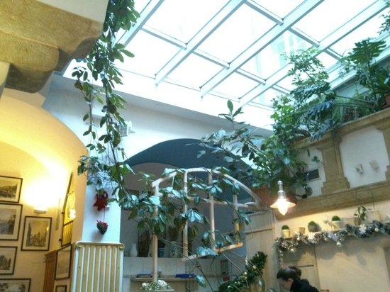 Staromestska Restaurant : Très lumineux