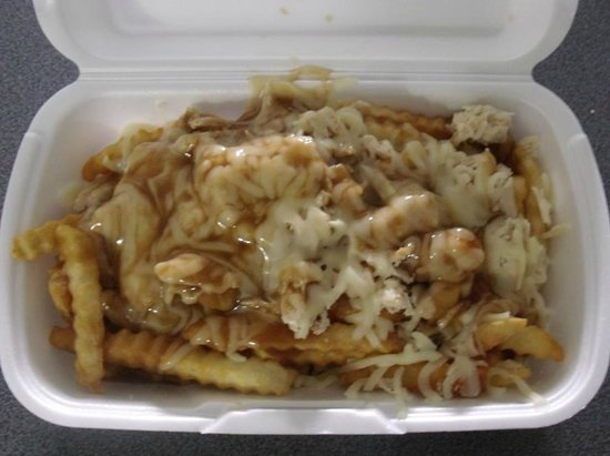 DogHut Canteen : Chicken Poutine