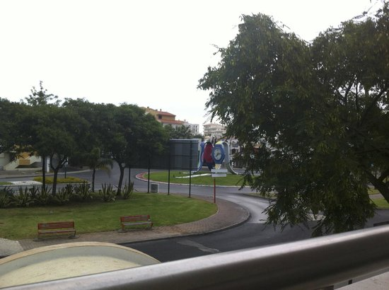 Paladim Aparthotel: Вид с балкона