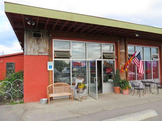 Fat Olives Restaurant: Exterior & main entrance