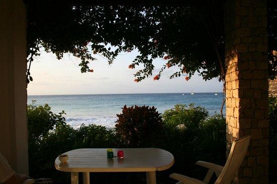 Porto Antigo Residence: Utsikt från altanen!