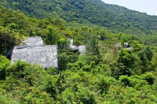 L'Alyana Villas Ninh Van Bay: Hill Rock Villen vom Yogaturm