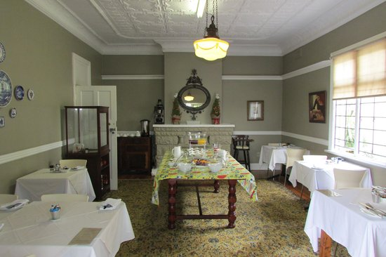 Ginnegaap Guesthouse: Dining room