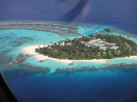W Retreat & Spa Maldives: View from seaplane on arrival