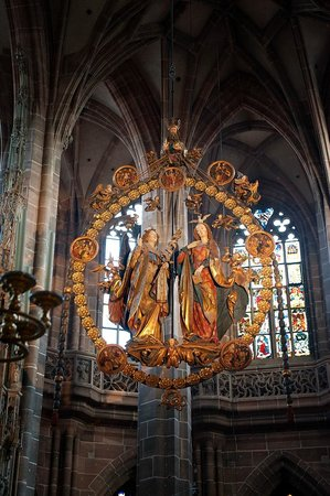 St. Lorenz Kirche: Centerpiece