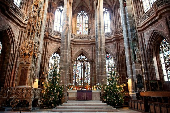 Nürnberg, Tyskland: Altar at Christmas time