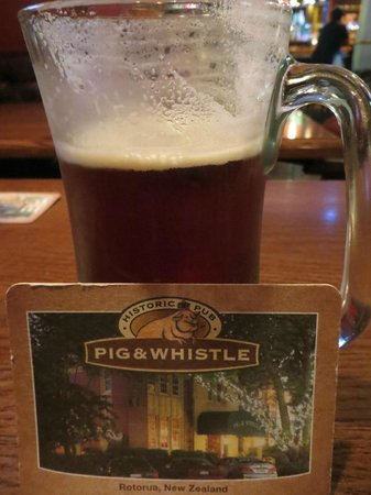 Pig and Whistle Historic Pub: Beer