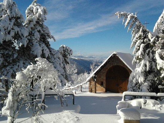 Inverno in montagna - Picture of Hotel Soggiorno Don Bosco, Polino ...