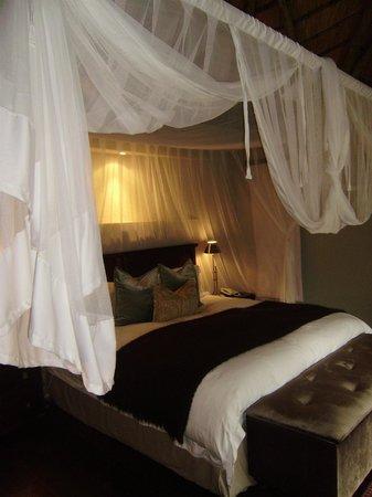 Dulini Lodge: Bedroom