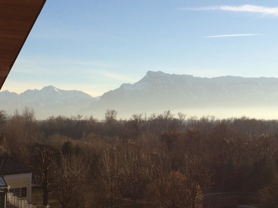 Genussdorf Gmachl - Hotel & Spa: View from balcony of Untersberg and mountains surrounding Salzburg