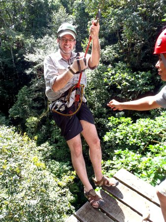 Osa Canopy Tour: Hanging out in the rain forest canopy