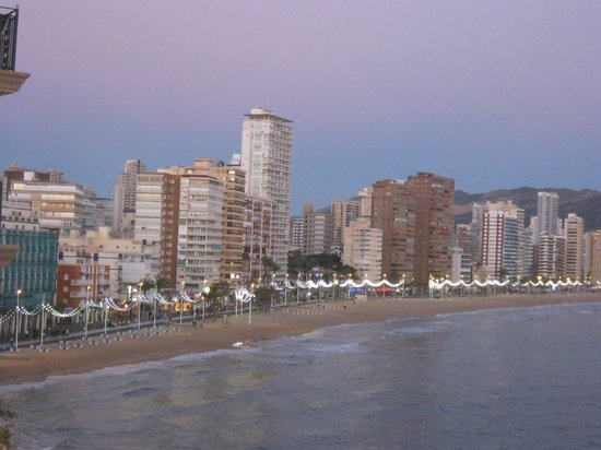 Hotel Avenida : local beach