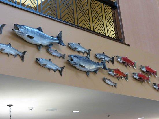 Embassy Suites by Hilton Anchorage : Decor closeup