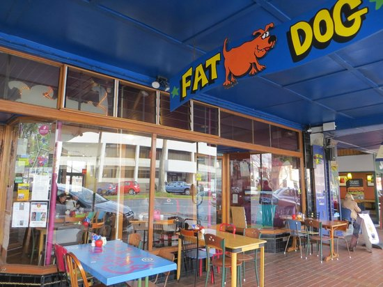 Fat Dog Cafe & Bar: The outside of the restaurant