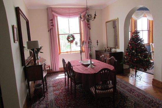 Braeside Bed & Breakfast: Dining room