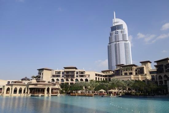 Palace Downtown: Вид на Тайский ресторан отеля и зону отдыха