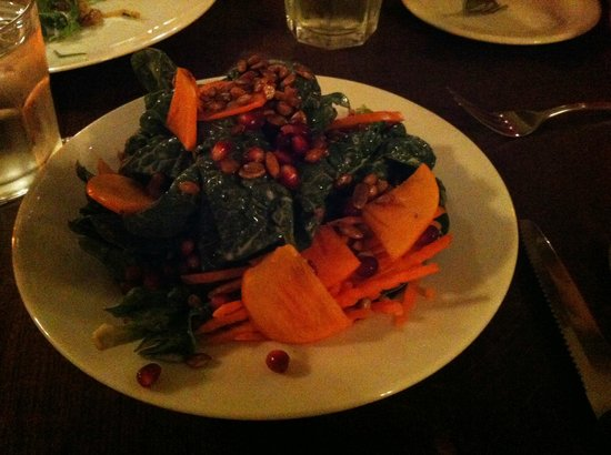 Robin's Restaurant : Spinach Salad at Robin's in Cambria