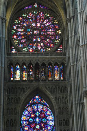 Paris Champagne Tour : Cathedral Stained Glass