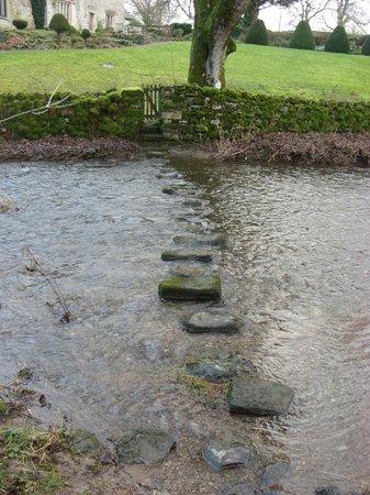 The Old Hall Inn: Stepping stones near Linton