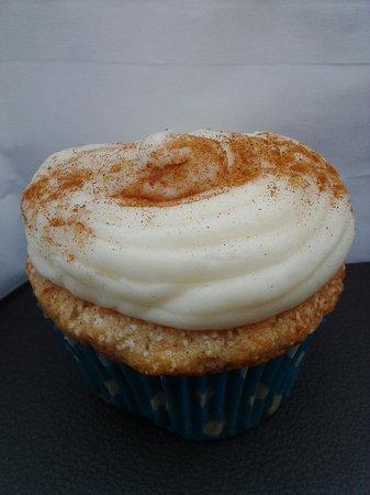Cookielicious Bakery : Rumchata cupcake