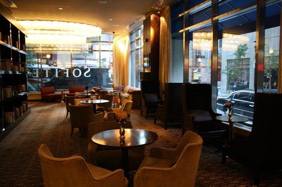 Sala De Estar Del Hotel Picture Of Sofitel Philadelphia