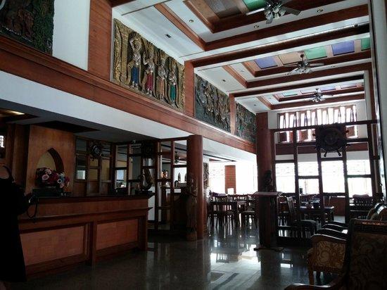Amata Resort : Lobby and breakfast area