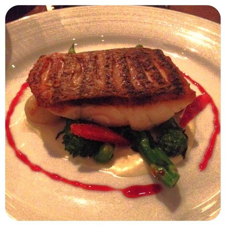 Island Creek Oyster Bar : Delicious sea bass!