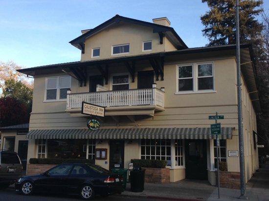 Calistoga Inn: front of the inn, brewery & restaurant