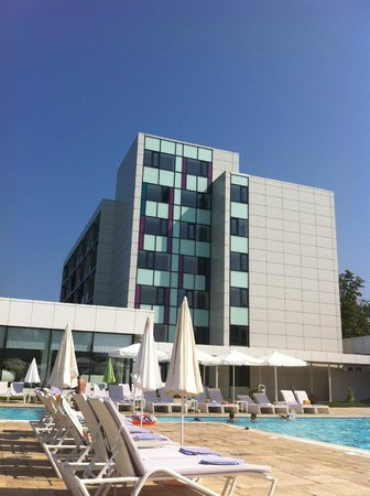 Hotel Melodia : The Melodia resort, a small gem in Venus, safe and clean