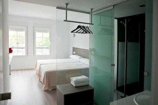 Hostal Central: dormitorio