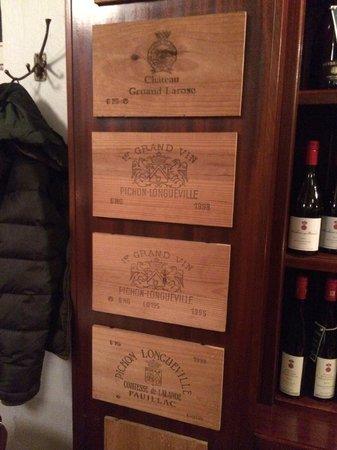 Lutter & Wegner: Deko aus Weinkisten