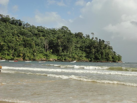 Maracas Bay : Warm Caribbean water