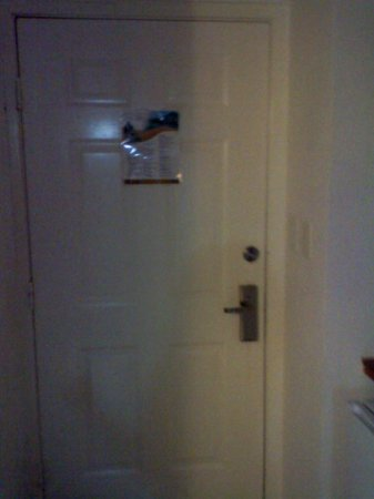 Isla Caribe Beach Hotel : door