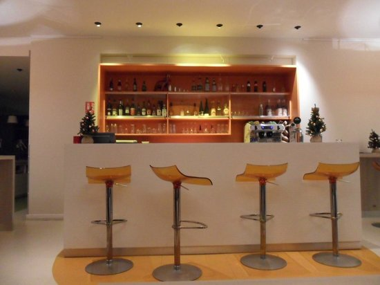 Ibis Styles Lille Centre Gare Beffroi: Bar