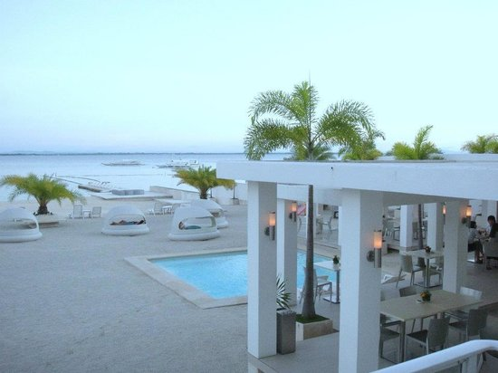 Be Resorts - Mactan : Just in the middle..