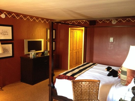 Inn and Spa at Loretto: Room 425