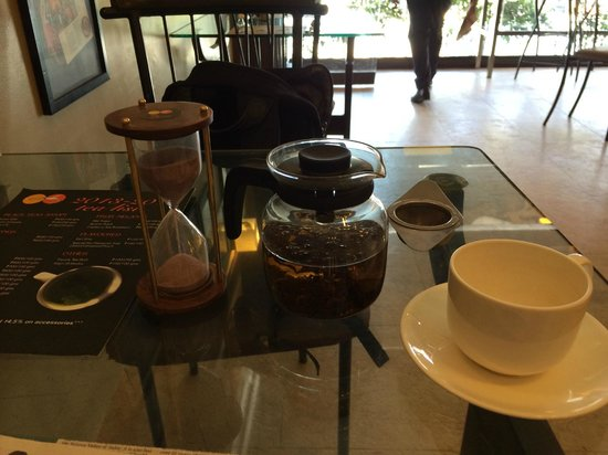 Infinitea : A nice pot of tea served with a timer