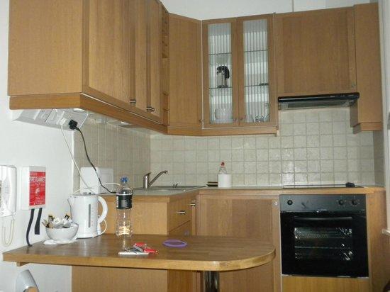 Studios2Let Serviced Apartments - Cartwright Gardens: Cocina completa del apartamento 2 personas