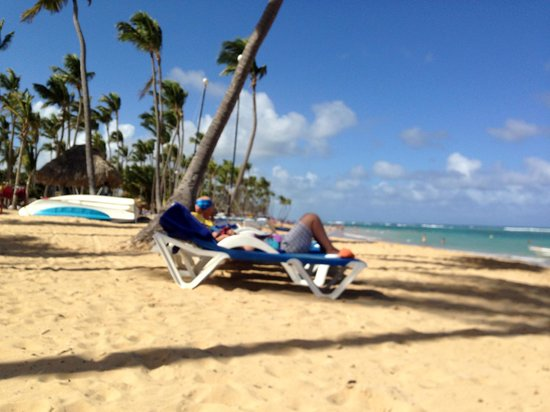 Sirenis Punta Cana Resort Casino & Aquagames: Pro: beach chairs are pretty accessible; you don't have to run to the beach at 6 a.m. to claim o