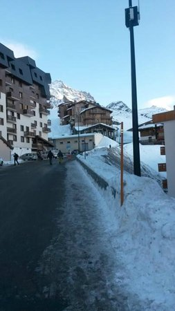 Residence Chalets des Neiges Hermine: Chalet des Neiges Uphill View