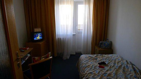 Express: ТВ, балкон в номере эконом-класса