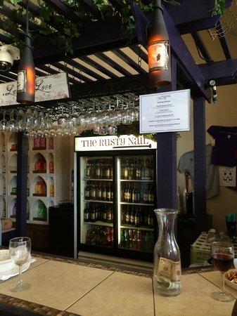 Rusty Nail Winery: Tasting area.