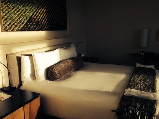 Bardessono: Our room