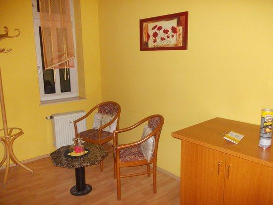 Hotel Kurfurst Dresden: Room