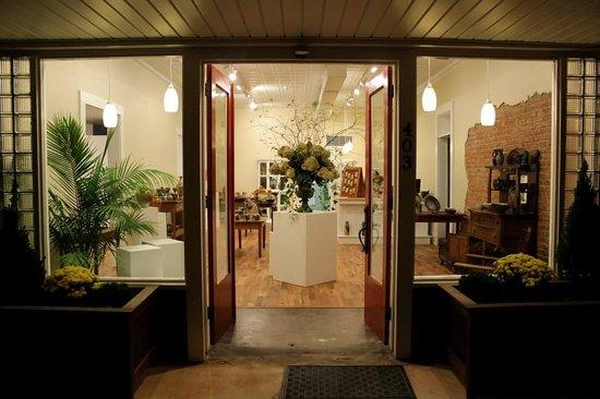 Hamilton Williams Gallery & Studio : getlstd_property_photo