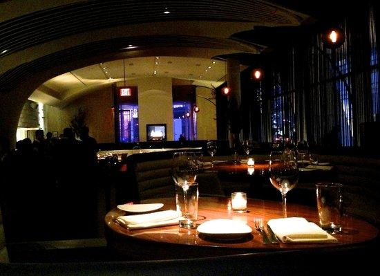STK Midtown: зал ресторана 2